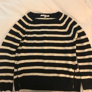 CUPCAKES & CASHMERE - Stripped Sweater - Like New